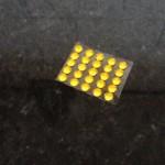20137020 plaklampjes geel 25st